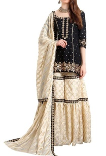 zari-sequin-hand-embroidered-kurta-gharara-set