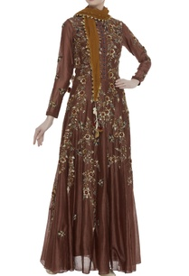 chanderi-sequin-embroidered-kurta-with-stole