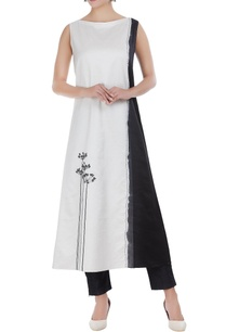 chanderi-embroidered-dip-dyed-long-kurta