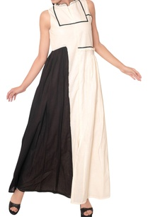 one-side-pleated-flare-maxi-dress