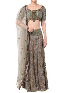 textured-blouse-with-embellished-lehenga-and-dupatta