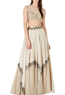 beaded-tassel-blouse-with-accordion-pleated-lehenga