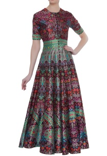 printed-gown-with-loop-button-placket