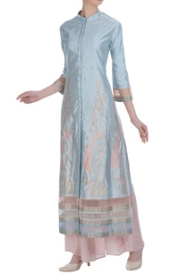 embroidered-straight-kurta-with-flared-pants