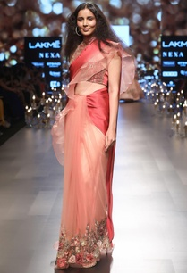 embroidered-sari-with-back-bow-blouse