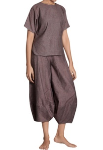 flared-panel-style-khadi-pants