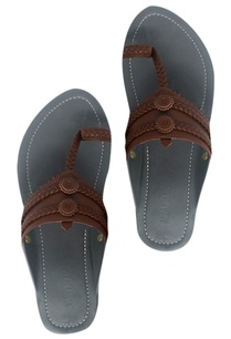handcrafted-pure-leather-kolhapuri-sandals