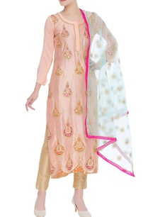 embroidered-kurta-with-dupatta