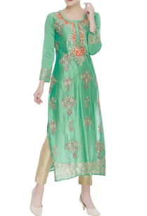 resham-embroidered-kurta