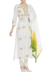 embroidered-kurta-with-churidar-dupatta