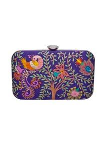 hand-embroidered-garden-motifs-clutch