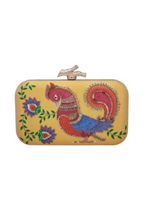 parrot-floral-motif-embroidered-clutch