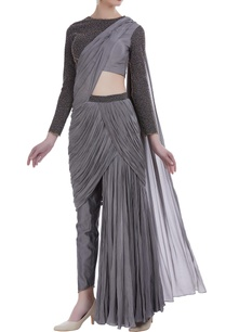 embroidered-blouse-with-draped-pants
