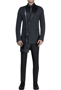 asymmetric-jacket-with-shirt-trousers