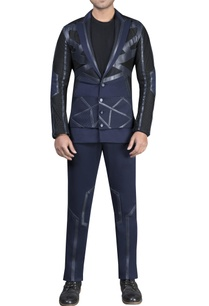 mesh-with-leather-detailed-athlesiure-jacket-and-pants-with-t-shirt