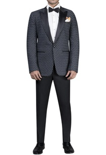 thread-jacket-with-satin-notch-lapel-tuxedo-set