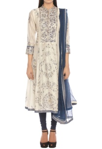 chanderi-silk-sequin-embroidered-kurta-set