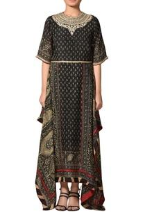 asymmetric-embroidered-long-kurta