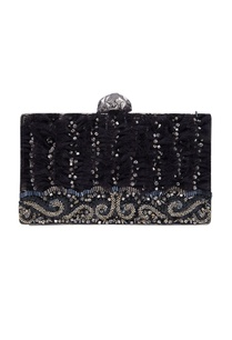 handmade-embroidered-clutch
