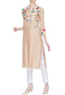 cotton-silk-kurta-with-floral-motifs