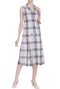 hand-embroidered-checkered-dress