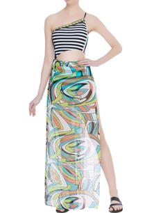 abstract-printed-sarong