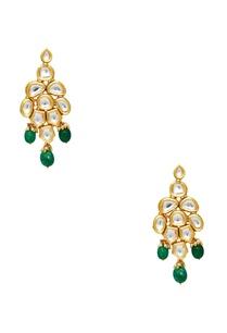 kundan-necklace-with-maangtikka-earrings
