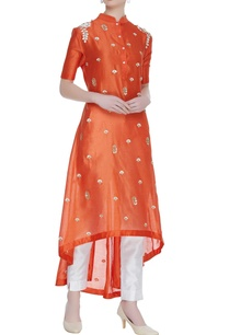 asymmetric-embroidered-chanderi-kurta