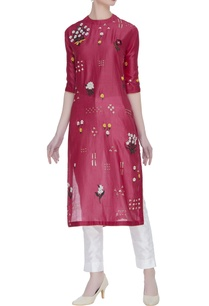 chanderi-kurta-with-thread-work