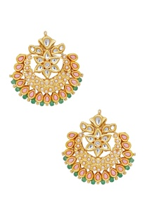 earrings-with-pearl-details