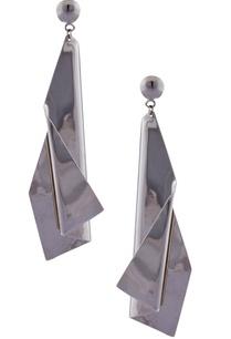 offbeat-sculptural-earrings