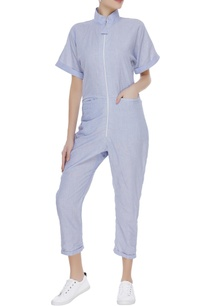 jumpsuit-with-utility-pockets