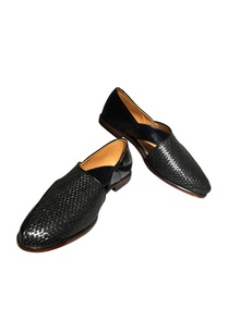 peshawari-woven-handcrafted-shoes