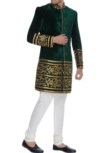 velvet-embroidered-sherwani