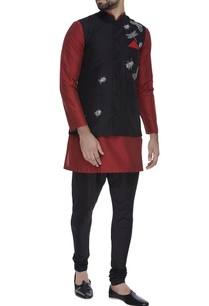beetle-motif-embroidered-waistcoat