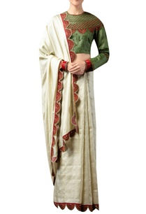 scallop-embroidered-border-sari-with-blouse