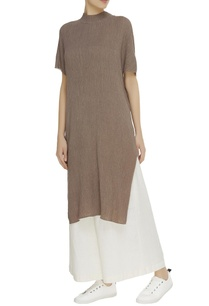 high-neck-crinkled-cotton-tunic