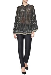 ramthambore-jungle-inspired-bell-sleeved-blouse