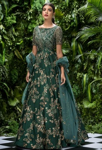 tulle-sequin-bugle-bead-bias-gown-with-stole