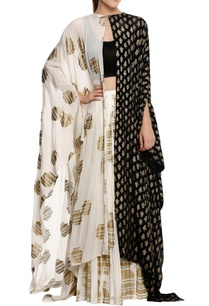 tribal-vase-printed-cape-set