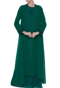 georgette-bias-cut-gown-with-long-shrug