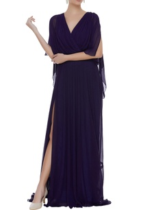 overlap-style-gown-with-long-trail