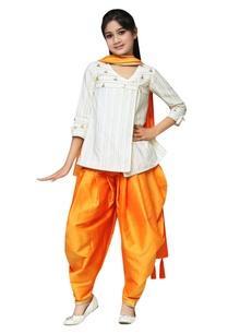 gota-patti-embroidered-kurta-with-dhoti-pants