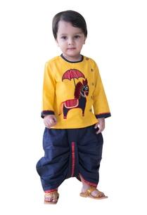 rajasthani-horse-applique-embroidered-kurta-set