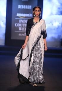 block-printed-sari-with-blouse