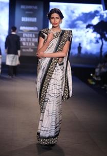 shibori-dye-sari-with-embroidered-blouse