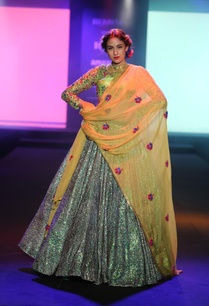 embroidered-blouse-with-lehenga-and-dupatta