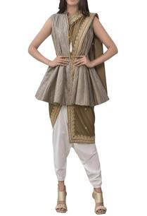 short-peplum-kurta-with-embroidered-dupatta-and-pants