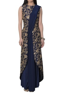 embroidered-jacket-blouse-with-pre-pleated-sari