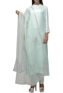 high-neck-kurta-with-tapered-pants-dupatta